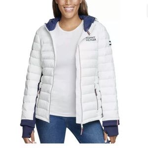 NEW TOMMY HILFIGER WINTER PUFFER COAT HOODED SM